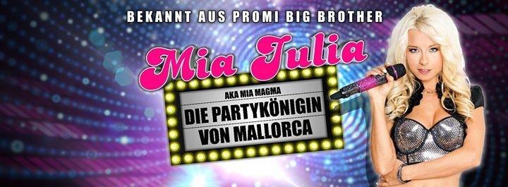event julia nackt geil live show tour christmas edition halli galli