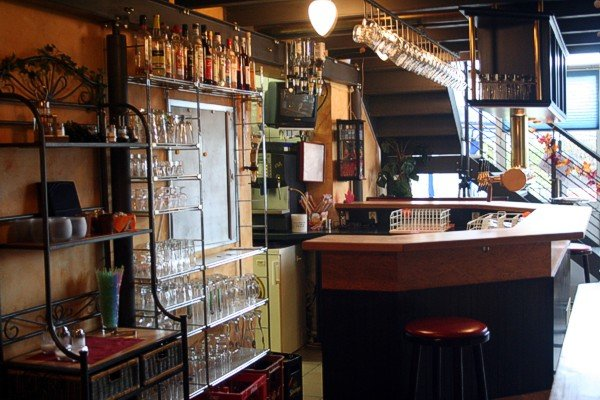 Bistro etage untergruppenbach cafes und bars for Cocktail etage