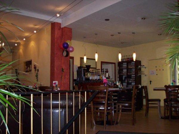cafe moritz hildesheim cafes und bars. Black Bedroom Furniture Sets. Home Design Ideas