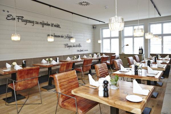 check inn b blingen club restaurant. Black Bedroom Furniture Sets. Home Design Ideas