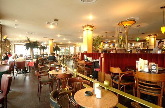 plaza bielefeld cafes und bars. Black Bedroom Furniture Sets. Home Design Ideas